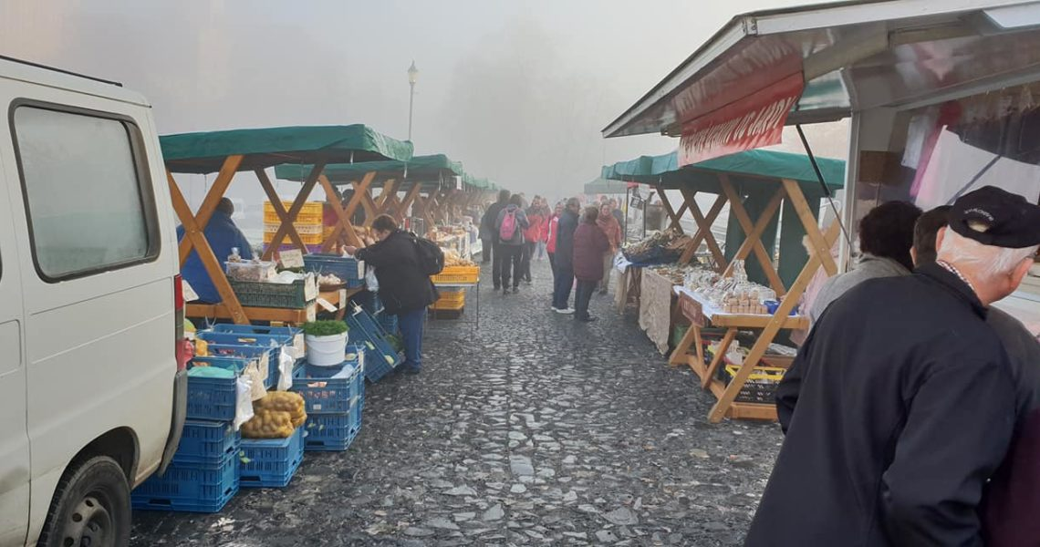 ROUDNICKÉ FARMÁŘSKÉ TRHY  SVATÝ MARTIN, VÍNO, HARMONIKA A NÁ...